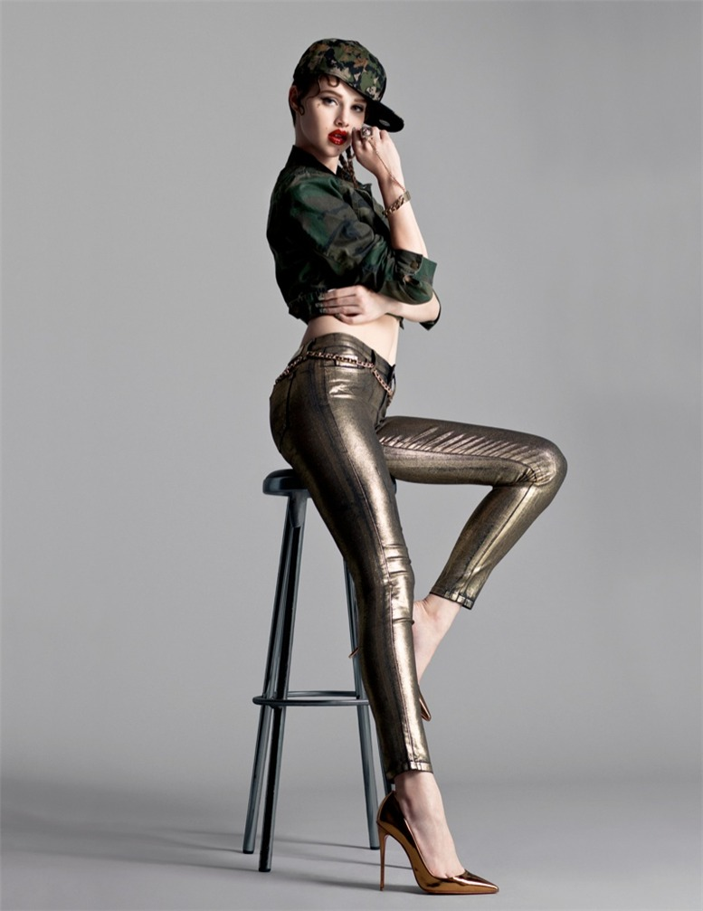 Anais Pouliot / Анаис Пуле в журнале Flaunt Magazine, сентябрь 2013 / фотографы Stevie & Mada