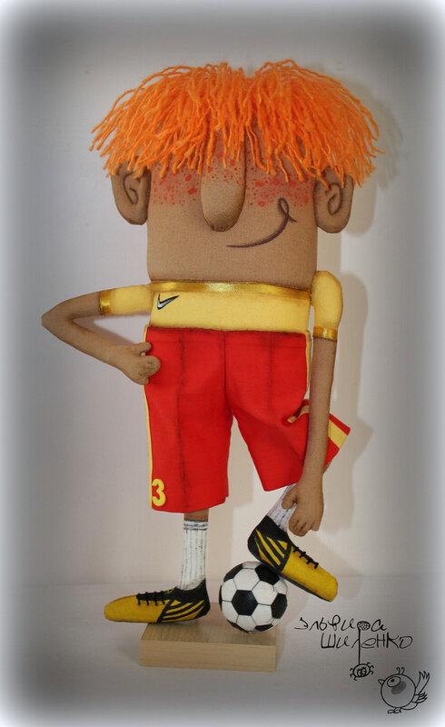 кукла футболист