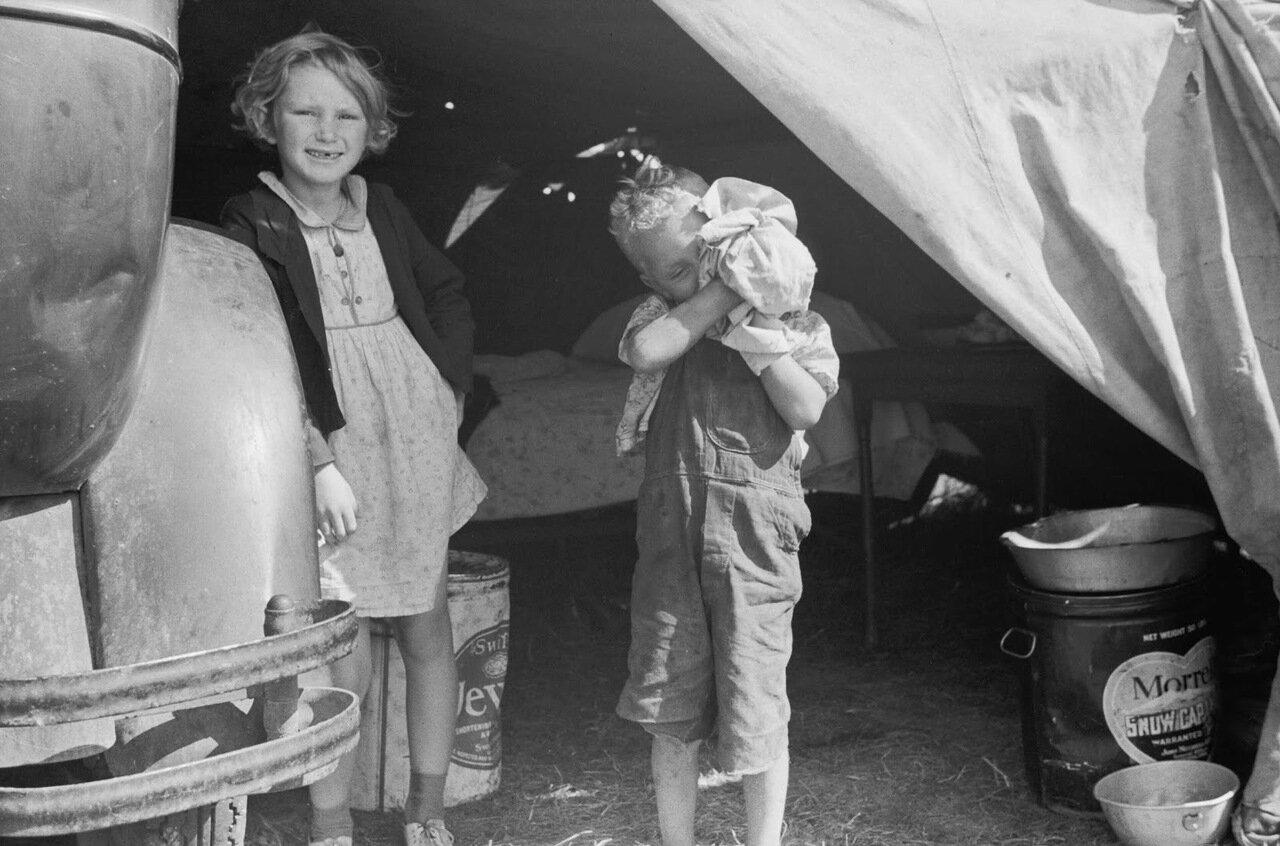 Дети сезонных рабочих, Округ Берриен, Мичиган, 1940