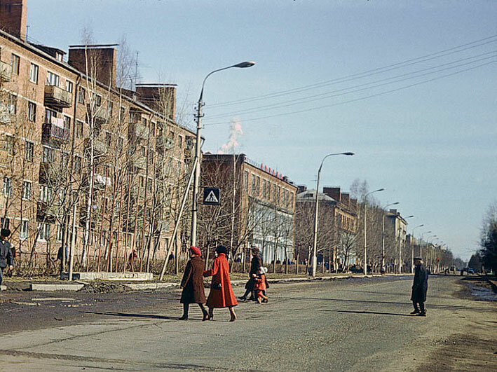 1978. Новомытищинский проспект, аптека, стоматологическая поликлиника