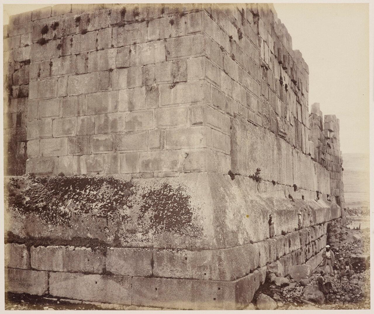 3 мая 1862. Северо-западный угол внешней стены храма, Баальбек