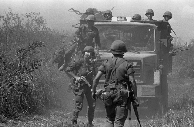 French Paratroopers Assist with Emergency Situation in Zaire