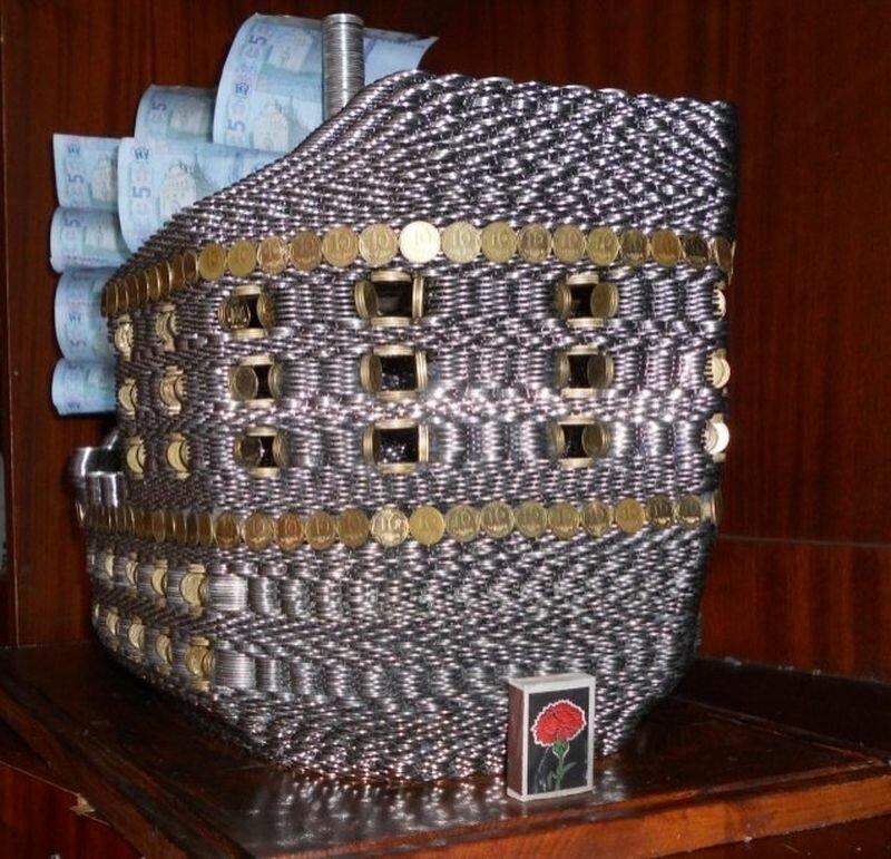 Кораблик из денег (5 фото)