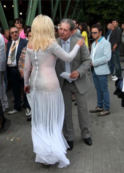 Женщины в прозрачном платье без трусов фото фото 320-83