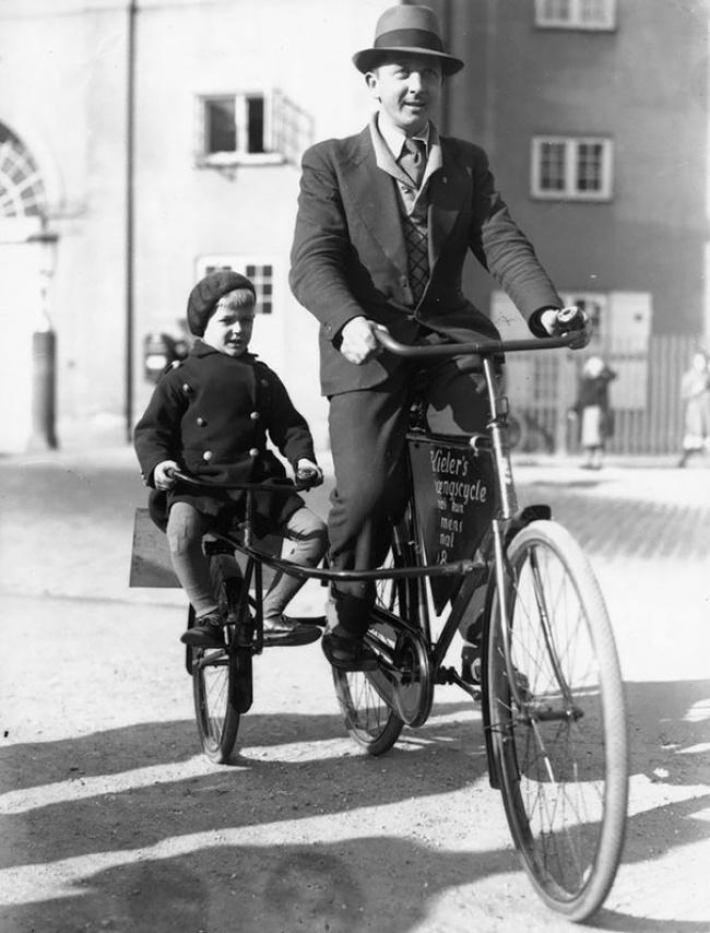 Велосипедисты вКопенгагене, Дания, 1910г.