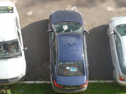 Чья машина?!