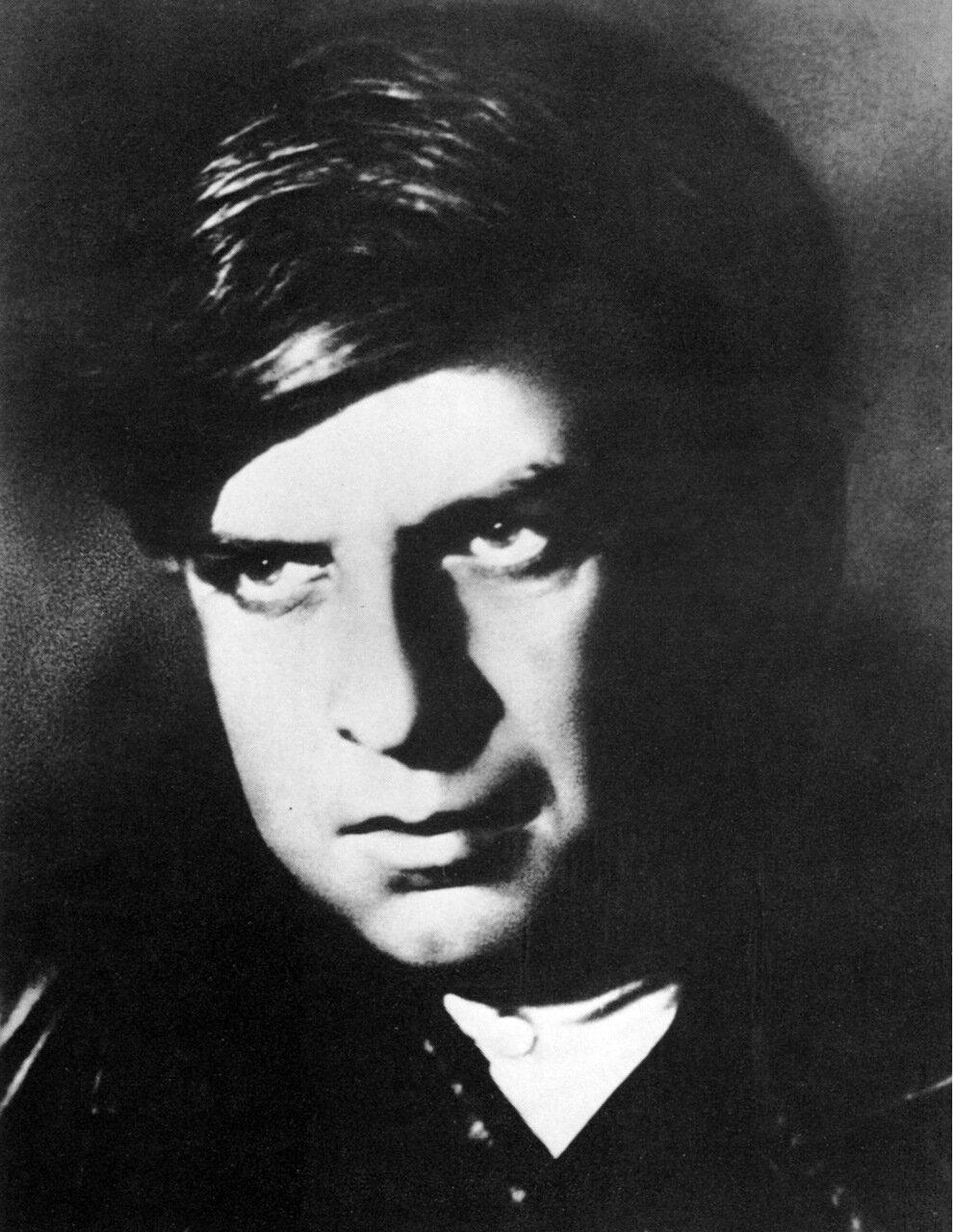 Э. Г. Багрицкий. 1932 год
