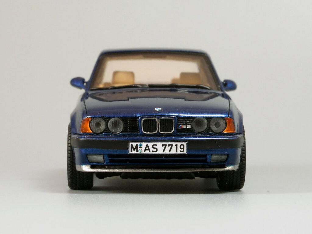 BMW_M5_E34_05.jpg