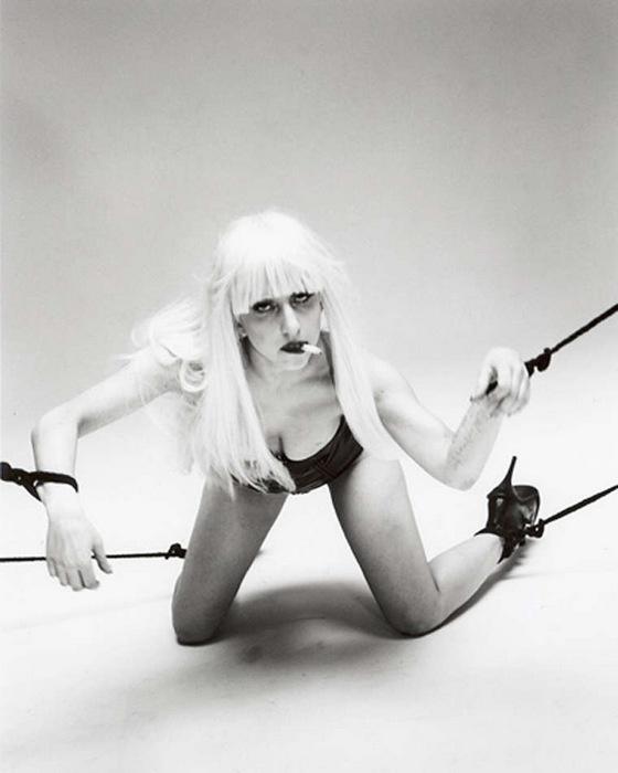 Араки: Когда люди узнают, что Леди Гага специально приехала в Японию, чтобы я ее сфотографировал, эт