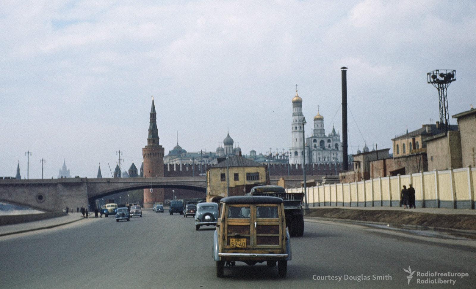 Вид на Кремль с Москворецкой набережной.