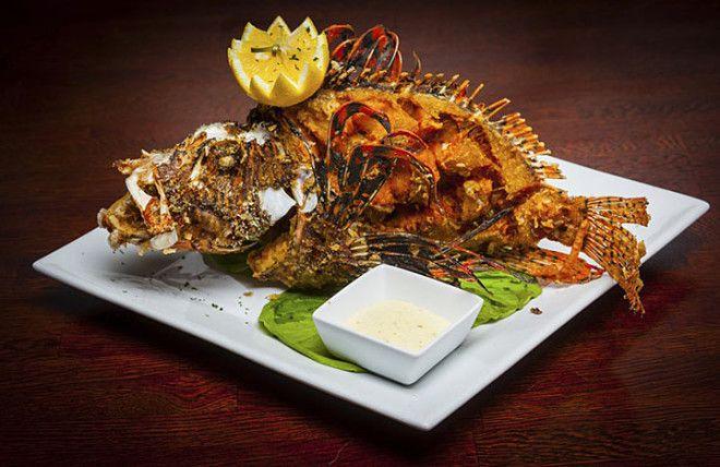 В Китае считается, что если перевернуть рыбу после того, как съели её половину – жди неудач. К