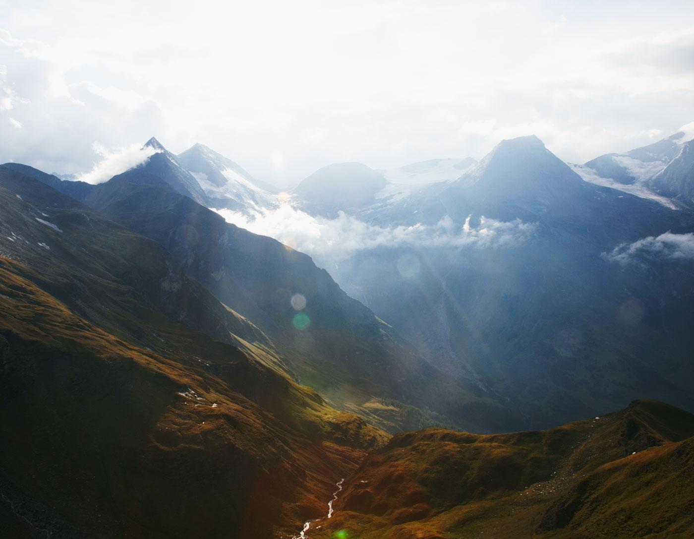 На фотографиях Дэвида Райла попадаешь в прекрасные, а иногда и самые неожиданные места: утренние гор