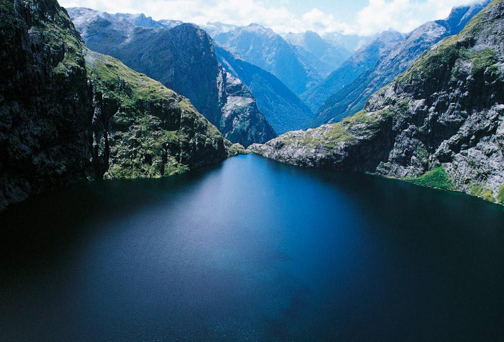 №9. Водопад Деттифосс, Исландия Исландия известна прекраснейшими водопадами, озерами, гейзерами