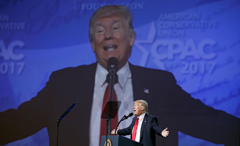 Трамп принял решение пропустить ежегодный прием для корреспондентов вБелом доме