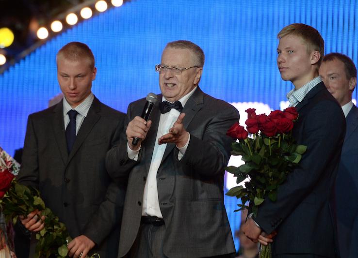 Президент должен освободить Кремль— Жириновский