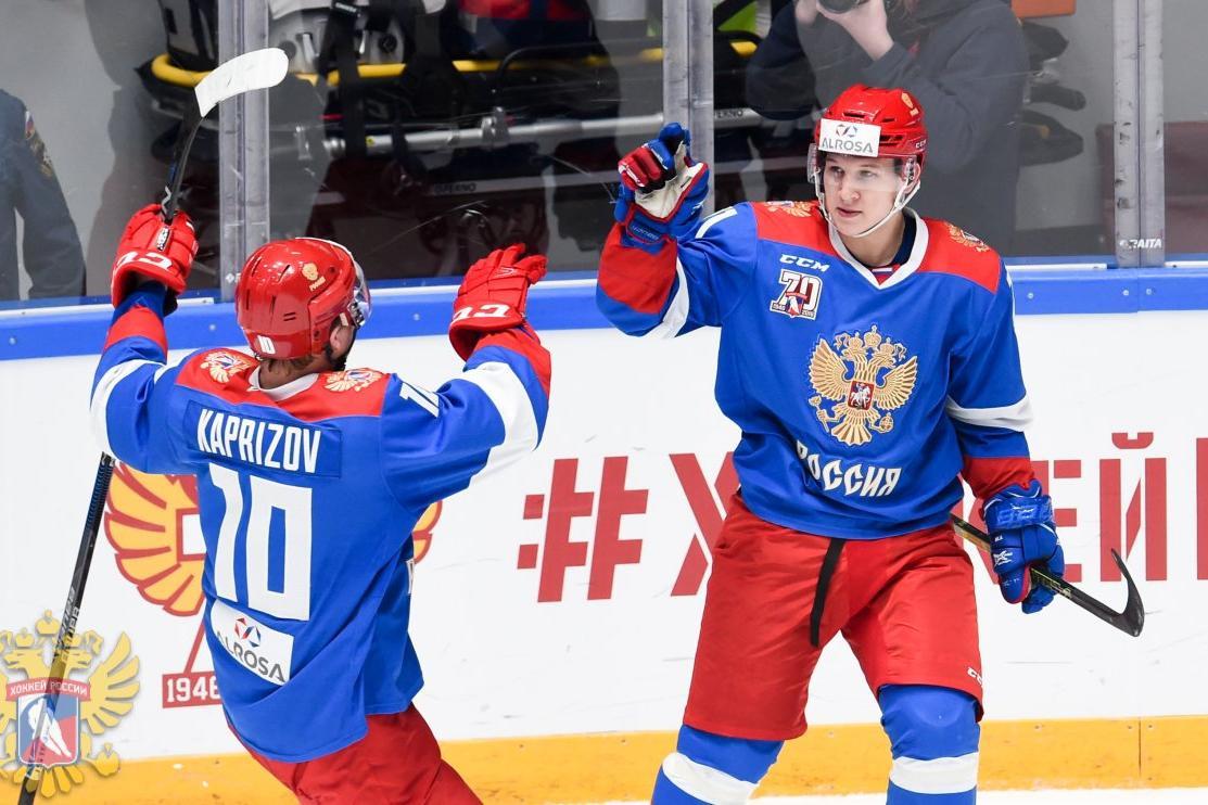 Олимпийская сборная РФ похоккею завоевала в«Юбилейном» Кубок АЛРОСА