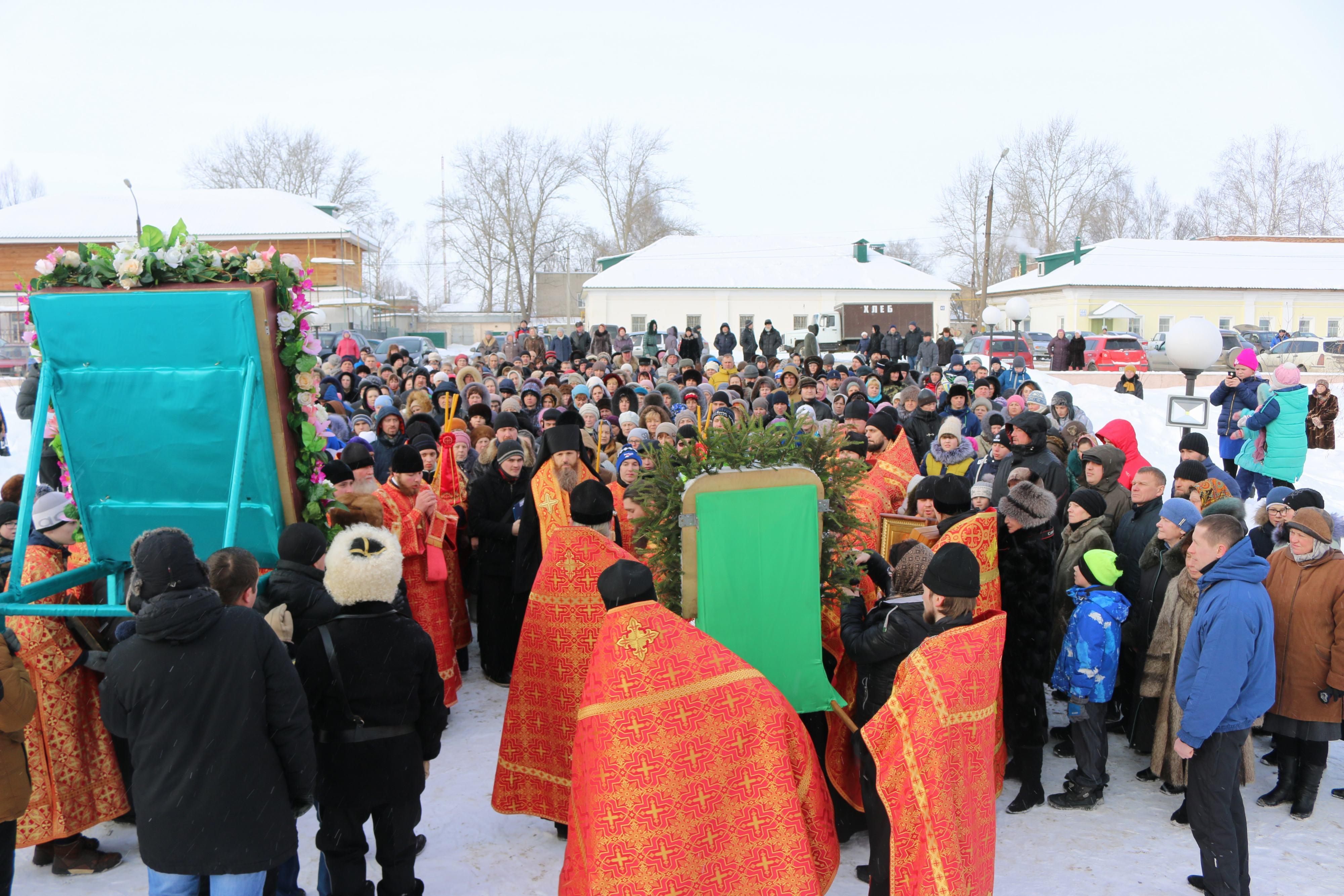 Крестный ход в день памяти новомучеников и исповедников Церкви Русской прошел в Выксе-37