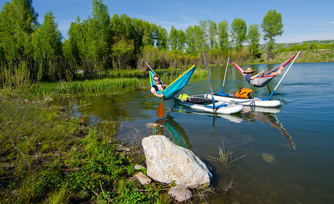 Hammocraft - Turn your paddles and canoes into floating hammocks