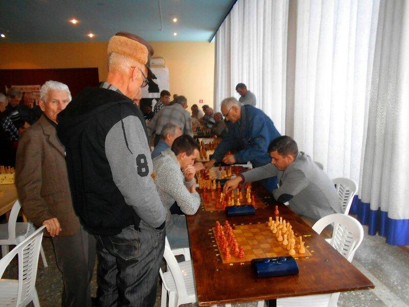 В борьбе ... Шахматный турнир. Выселки. Декабрь 2016