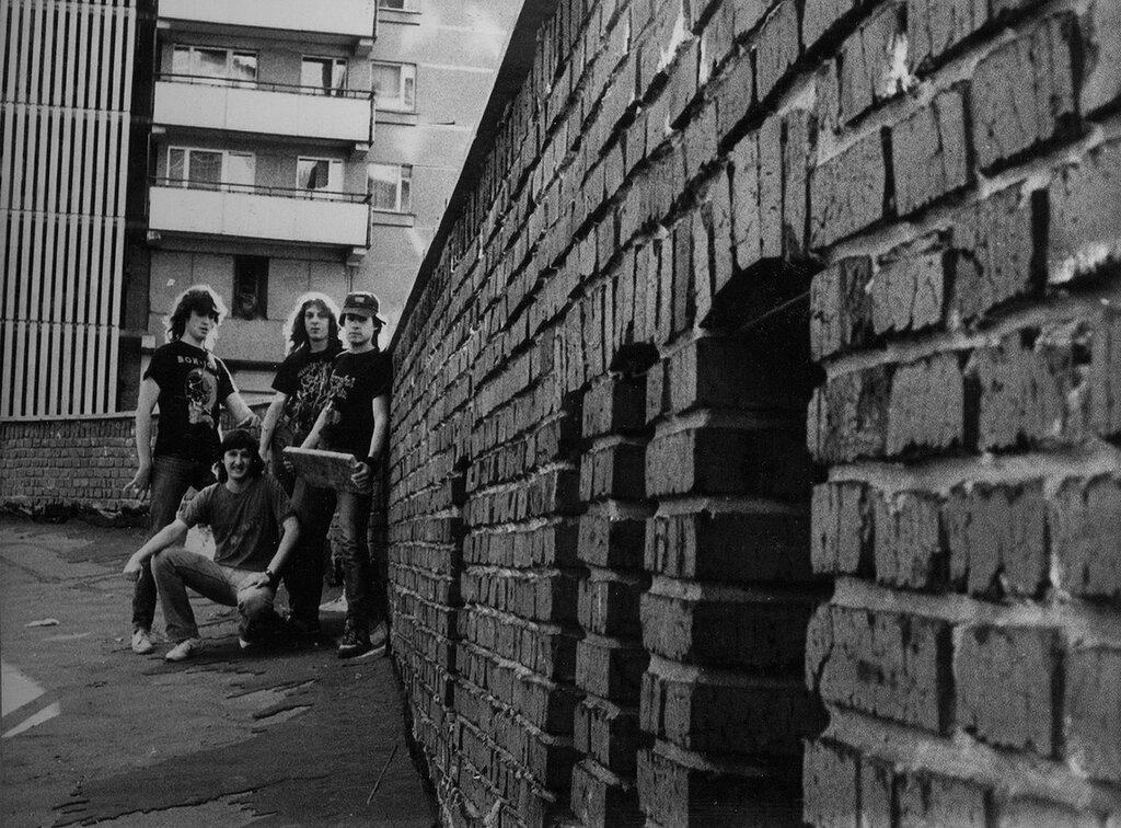 Металлисты на Таганке, 1986 (архив Миши Бастера).jpg