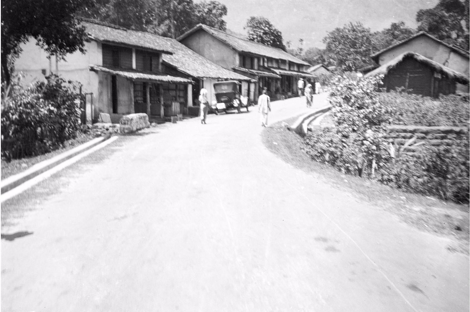 199. Въезд в деревню Пассара