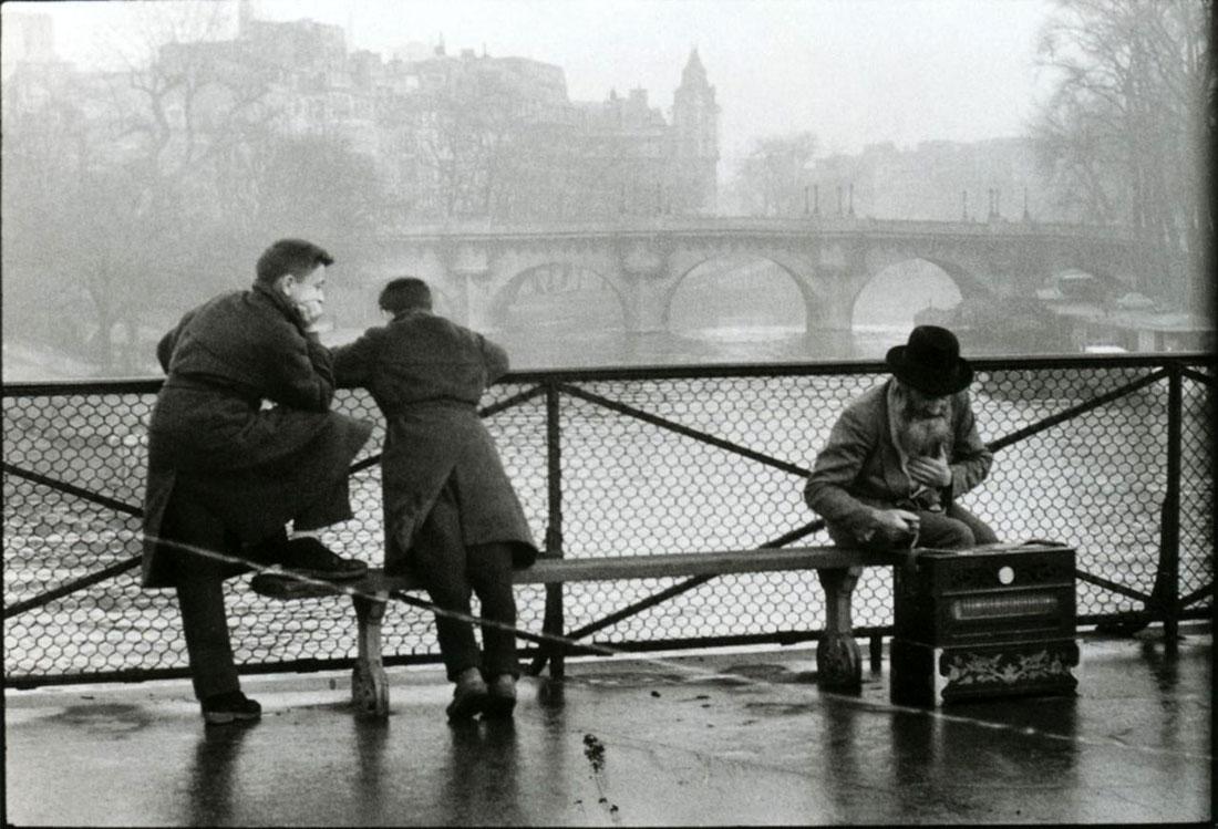 1957. Музыкант на Мосту Искусств