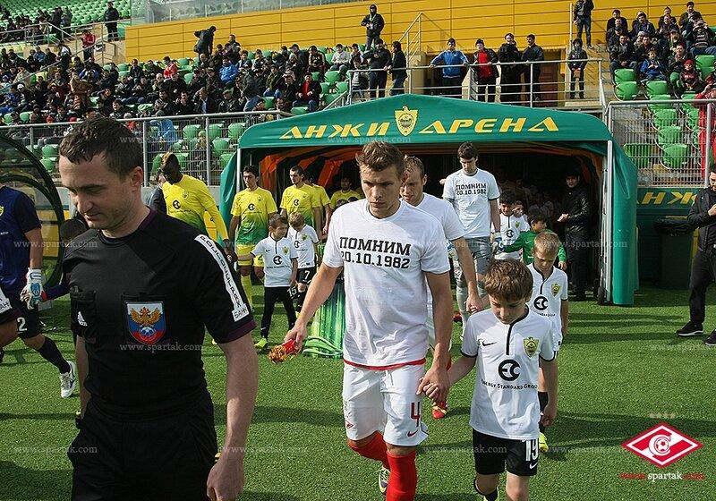 «Анжи» vs «Спартак» 0:1 Премьер-лига 2013-2014 (Фото)