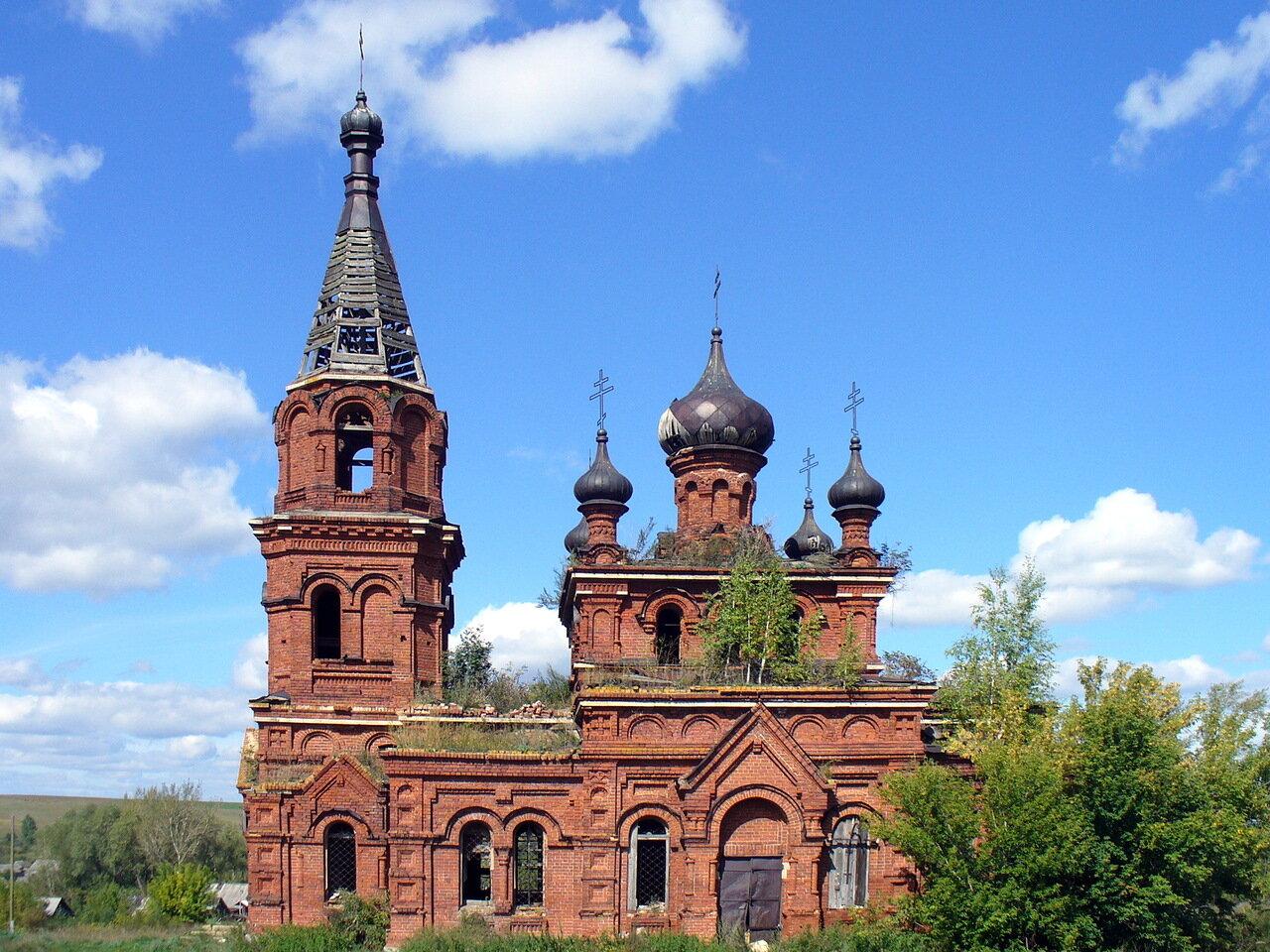 фото церквей в татарстане используют материалы