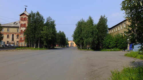 Фотография Инты №5265  Лунина 5, Кирова 26 и Лунина 6 25.07.2013_13:30
