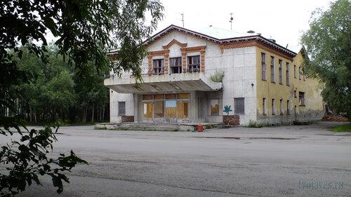 Фото города Инта №5379  Юго-восточный угол Мира 6 30.07.2013_13:56