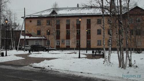 Фото города Инта №6009  Восточная сторона Социалистической 4а (суд) 04.10.2013_11:49