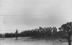 Генералитет и офицеры перед парадом полка.