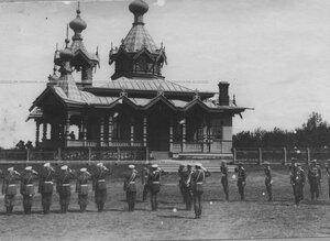 Император Николай II на полковом празднике у новой церкви святого благоверного князя Александра Невского.