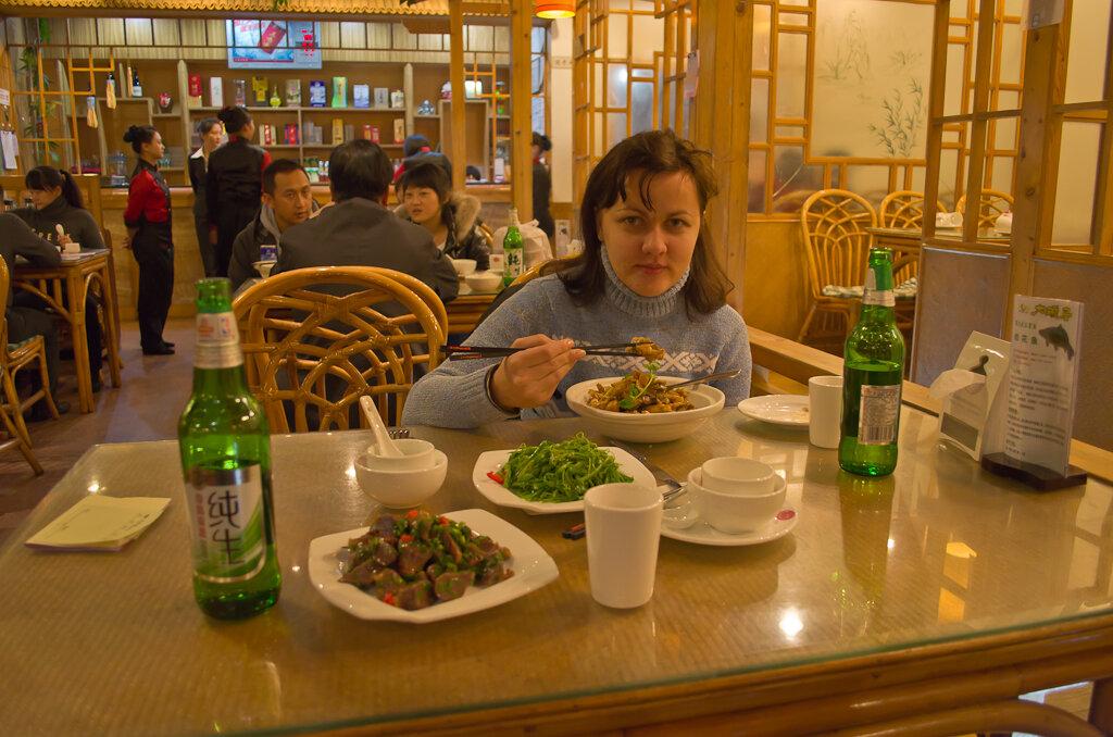 Отдых в Китае. Что кушать. Лягушачьи лапки и утиные желудки - добро пожаловать в Пекин!