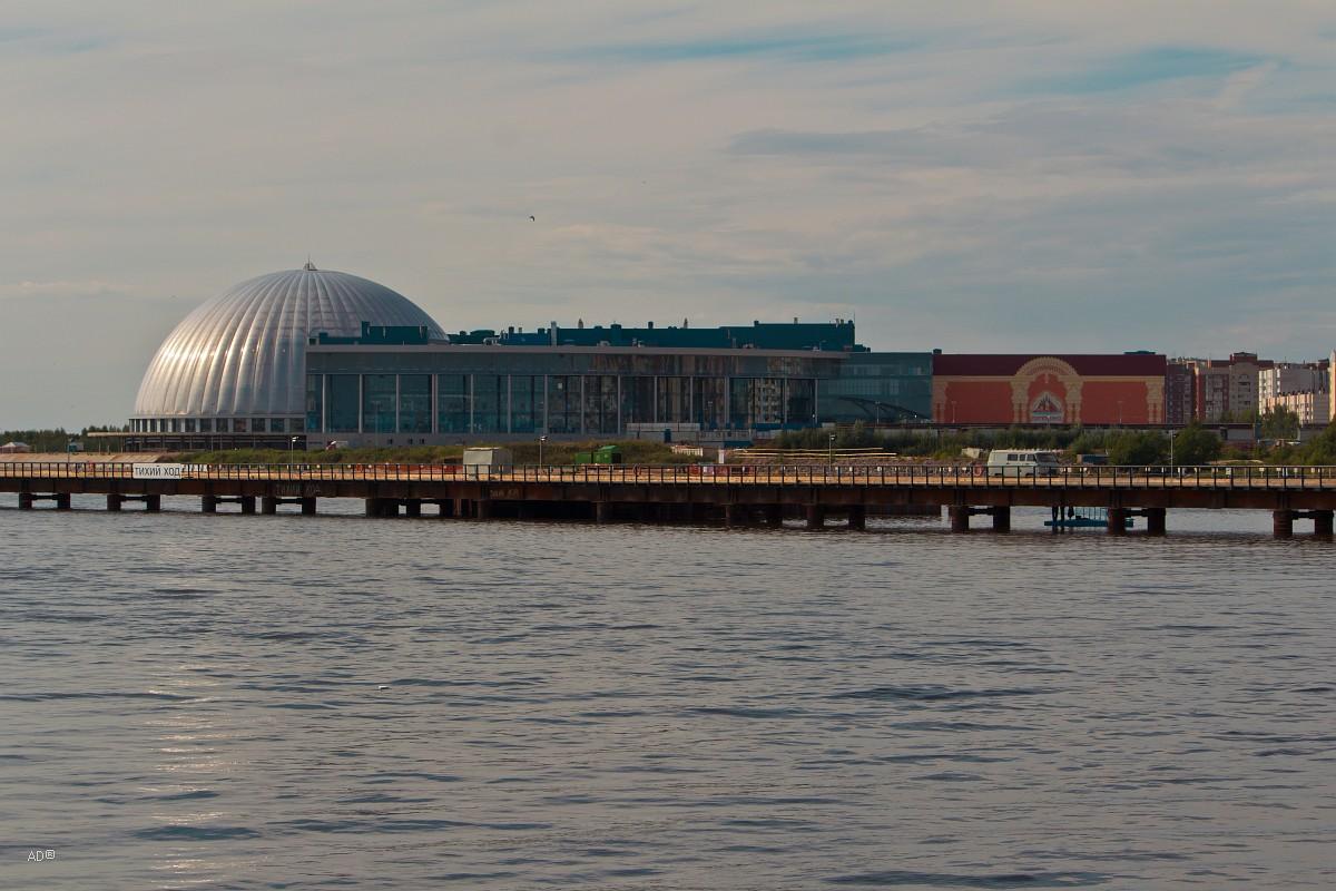 Торгово-развлекательный комплекс «Питерлэнд»