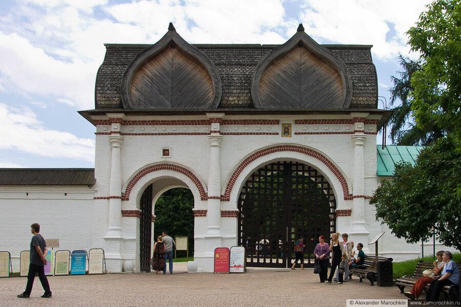 Спасские ворота в Коломенском (Москва)