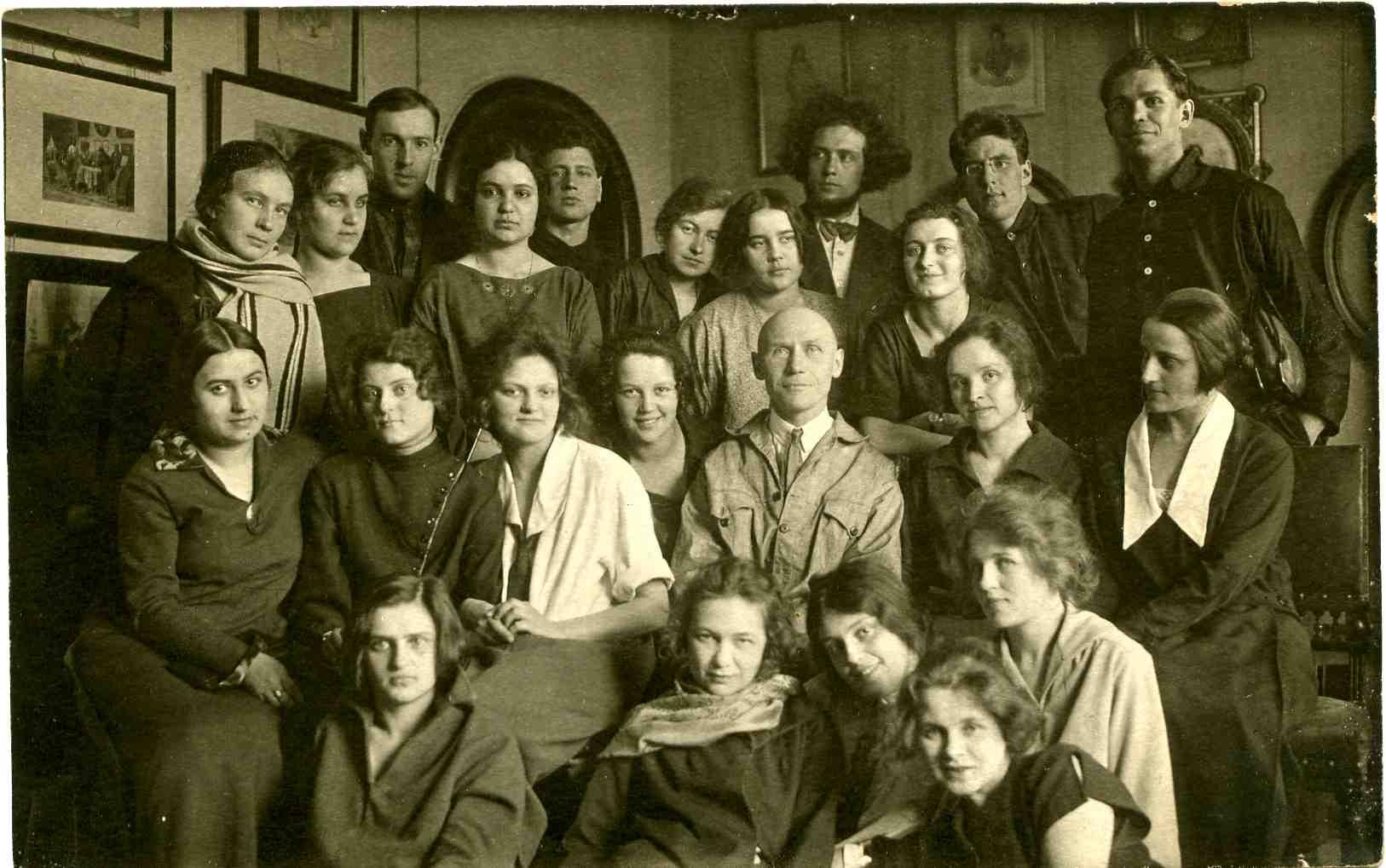 Студенты МГУ в 1925 году
