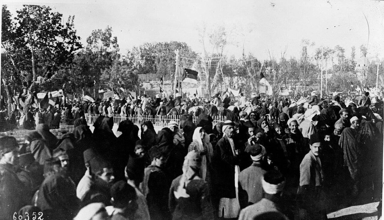 Демонстрация в поддержку независимости Сирии. 1920