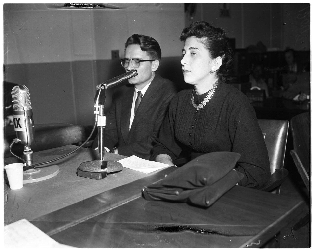 1956. 7 декабря. Комиссия по расследованию антиамериканской деятельности. Адвокат Б. Мурриш и Марва Бовингтон