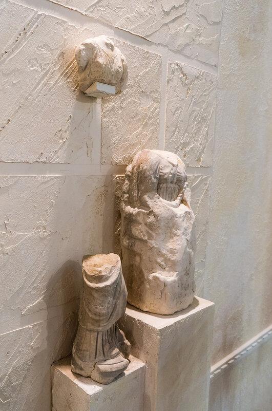 Фрагменты скульптур или Обломки Времени
