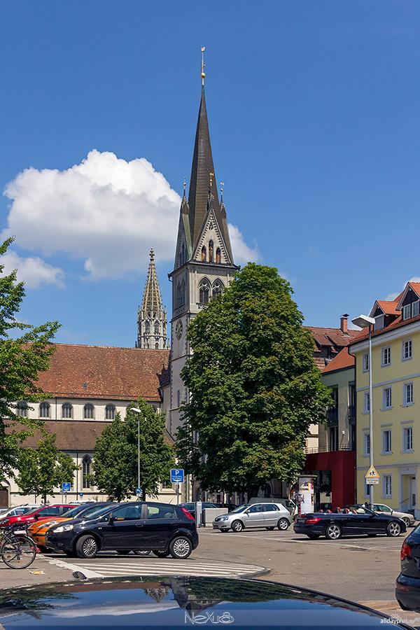 Самый крупный и знаменитый из городов озера Бодензее, университетский город Констанц (Konstanz).