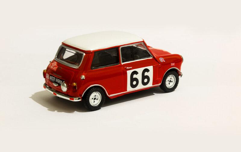 Mini Cooper, Rally Monte Carlo'64 #66 P. Hopkirk