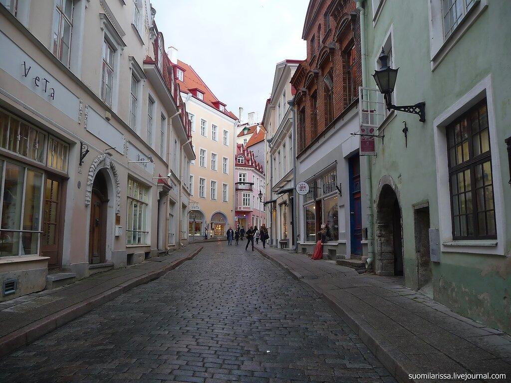 Гуляя по улицам Старого города.