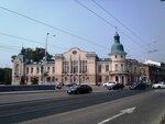 Иркутск. Здание поликлиники.