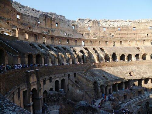 Италия. Рим. Колизей внутри (Italy. Rome. The Colosseum inside).