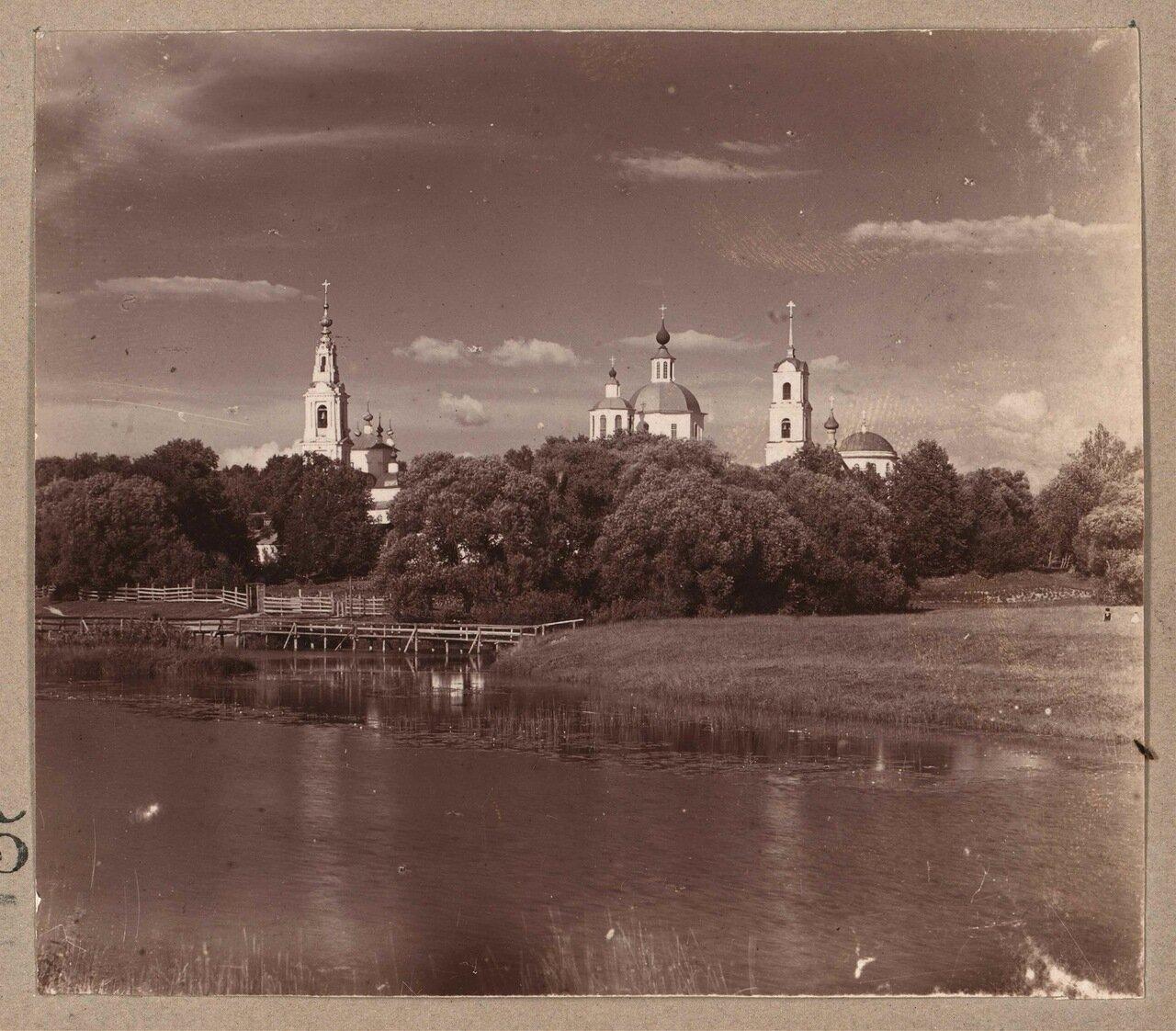 Общий вид Клобуковского мужского монастыря