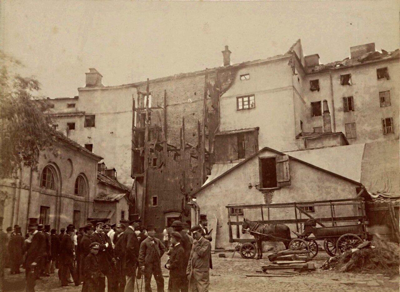 Здание Национального театра после пожара 1883