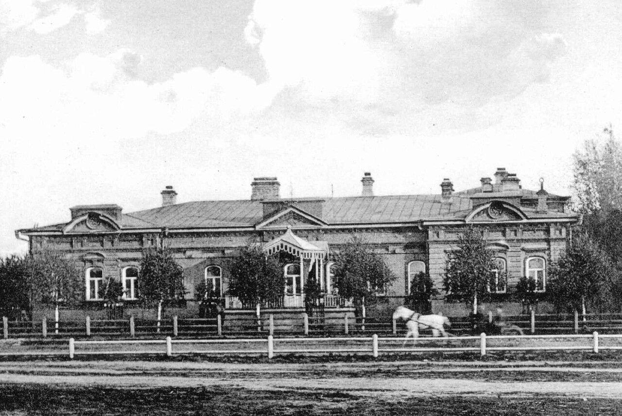 Дом губернатора. 1903