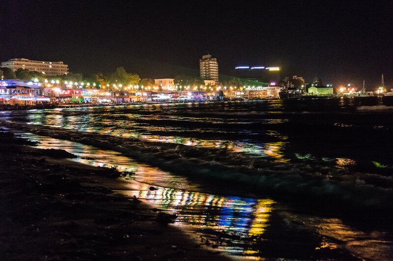 Ночные огни Золотой бухты