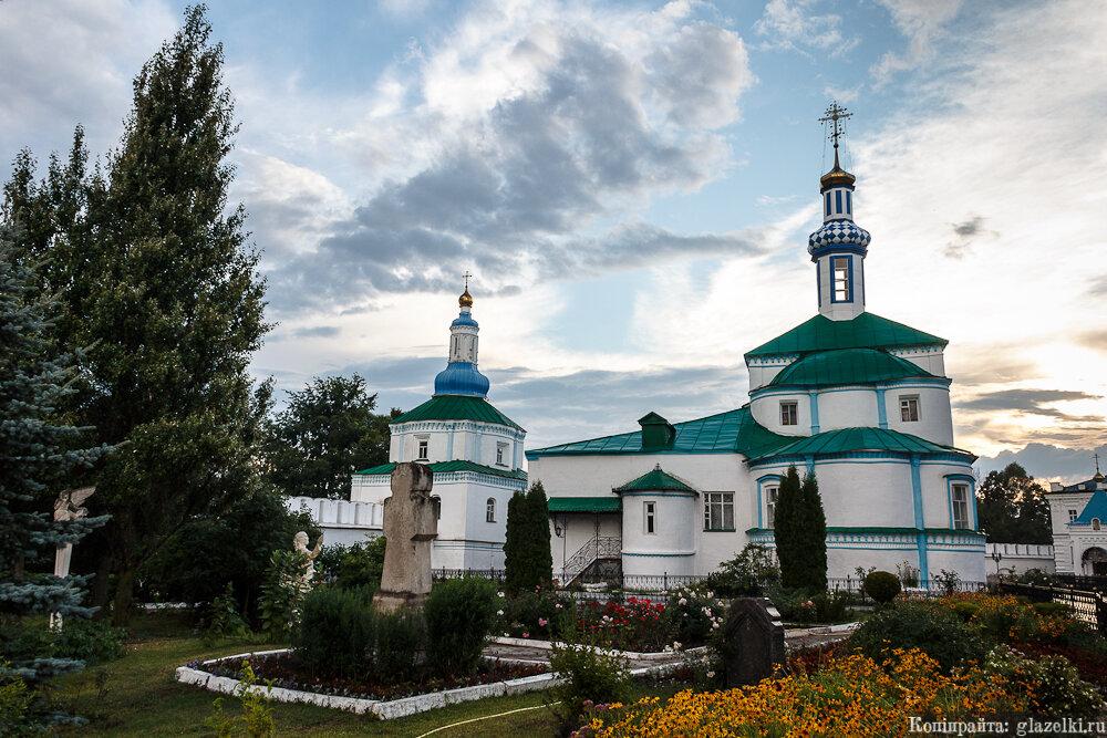 Раифский монастырь на закате.
